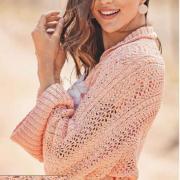 Как связать спицами укороченный пуловер, связанный поперек