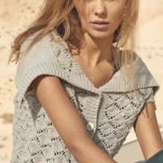 Как связать спицами ажурный пуловер-жилет с большим воротником