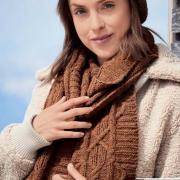 Как связать спицами комплект из шапки и шарф