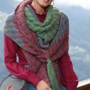Как связать спицами цветной платок с кистями