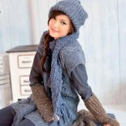 Как связать спицами длинный серый шарф