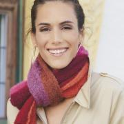 Как связать спицами длинный шарф в полоску