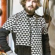 Как связать спицами мужской шарф с черно-белым орнаментом