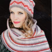 Как связать спицами полосатый комплект шапка и пончо