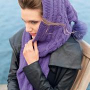 Как связать спицами шарф-капюшон с помпоном