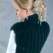 Как связать спицами болеро с вертикальным узором