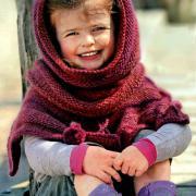 Как связать спицами детское пончо и шарф-хомут
