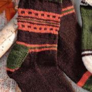 Как связать спицами носки в этническом стиле