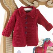 Как связать спицами красное вязаное пальто
