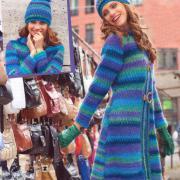 Как связать спицами пальто с рельефным узором и шапка к нему