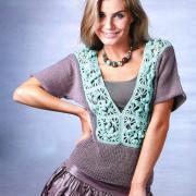 Как связать крючком пуловер с ажурной вставкой