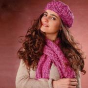 Как связать крючком берет и шарф из меланжевой пряжи