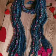 Как связать крючком цветной плетеный шарф