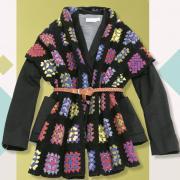 Как связать крючком шарф с узорами из цветных квадратов